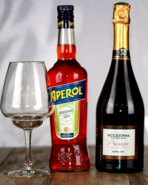 pack the perfect Apérol Spritz